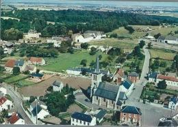 Montignies-St-Christophe - Joilie Vue Aérienne Du Centre Du Village Avec Vue Du Château-ferme - Erquelinnes