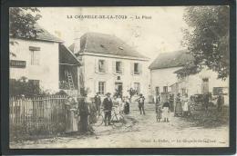 38. LA CHAPELLE- DE- .LA- TOUR T  (ISERE)  ANIMEE. ATTELAGE. VELO.. RARE..C1446 - France