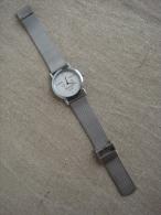 Montre Morgan 1999 Instant éternel N° 1307 à Quartz, Métal Argenté. Voir Photos. - Watches: Modern