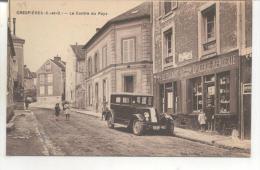 Crespieres, Le Centre Du Pays - France