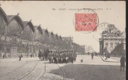 CPA:Paris:Avenue De La Motte-Picquet:Défilé Militaire - Arrondissement: 07