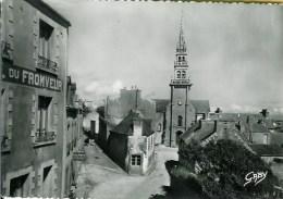 29 OUESSANT L'Eglise Et L-Hôtel Fromveur - Ouessant