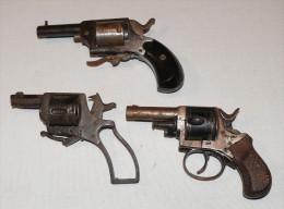Lot De Bulldogs - Decorative Weapons