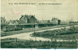 Etaples-sur-Mer. La Gare Et Ses Dépendances - Etaples