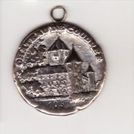 Médaille Du CHATEAU DE COUDREE En Relief Et Très Beau BLASON Au Dos - France
