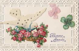 Fantaisies - Carte Papier Dentelle Découpi Colombe Panier De Roses - Cartes Postales