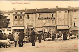 ARDECHE 07.LAMASTRE LE PESAGE DES PORCS AU MARCHE HAUT VIVARAIS ILLUSTRE - Lamastre