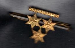 BARRETTE D' ANCIEN GRADE DE COMMANDANT ARMEE BELGE (RARE).  (3SP51) - Militaria