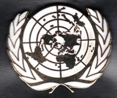INSIGNE DE BERET NATIONS UNIES.  (3SP54) - Autres