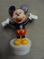 Petit Lot - 4 Figurines Disney 3 Mickey Mouss Et 1 Nain Bouchon Smarties Nestlé - Disney