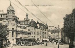 57 THIONVILLE HOTEL SAINT HUBERT AVEC AUTOMOBILES - Thionville