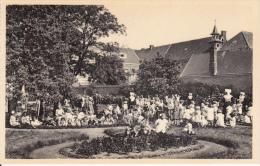 Ravels. -  Open-Lucht-school Voor Zwakke Meisjes; Een Gezellig Hoekje ... - Ravels