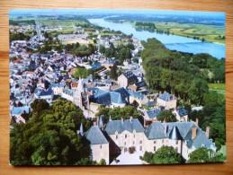 45 : Meung-sur-Loire - Le Château , L'église Saint-Liphard Et Au Fond, La Loire - Vue Aérienne - (n°893) - France
