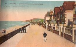 CABOURG: La Digue  Boulevard Des Anglais - Cabourg