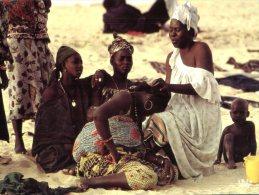 (936) Tchad - Chad - Hairdressing Artisanat - Chad