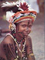 (885) Papua New Guinea - Head Dress - Papua-Neuguinea