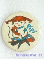 Cartoon Film Soviet: Pippi Longstocking / Old Soviet Badge USSR 250_u3311 - Disney