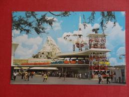 Disney > Disneyland ( Tomorrowland   Not Mailed     Ref-1076 - Disneyland