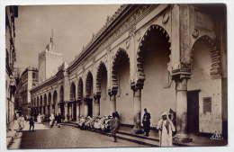 Alg�rie--ALGER--Mosqu�e  Djemaa-Djedid et rue de la Marine (tr�s anim�e),cpsm glac�e 9 x 14 n� 55 �d CAP