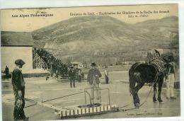LA ROCHE DES ARNAUDS  RECOLTE DE GLACE  PAS COURANTE - France