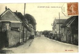 LE GOULET (27) Intérieur Du Pays - Edit. Letourneux (garage Citroen & Pompe à Essence) - Otros Municipios