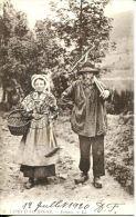 N°34734 -cpa Types D'Auvergne -paysans- - Farmers