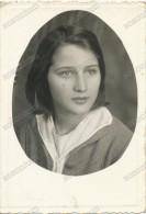 REAL PHOTO,YOUNG GIRL Kid Portrait, JEUNE FILLE, FILLETTE, Vintage Old Photo ORIGINAL - Persone Anonimi