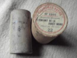 CYLINDRE PHONOGRAPHIQUE PATHE.  1900/03 (L´Enfant De La Forêt Noire Chantée Par Rollini)  N°1216. - Musique & Instruments