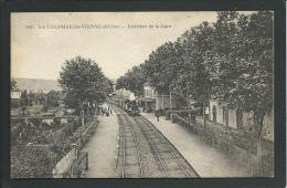 69.  STE- COLOMBE- LES- VIENNE (RHÔNE). INTERIEUR DE LA GARE .. TRAIN .C1362 - Autres Communes