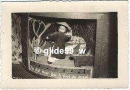 Photo Maquette De Papier Ou Pompier, En 1956 Origine Inconnue (voir Au Dos) - Oggetti
