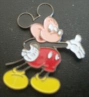 Pin´s Mickey Signé Disney - Disney