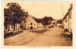 SAINT GUILLAUME - La Place Et L' Eglise  (61634) - Otros Municipios