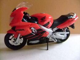 MOTO HONDA CBR 600 F4 - Motos