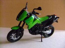 MOTO KTM DUKE - Motos