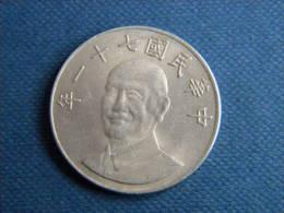 TAIWAN - 10 YUAN 1982. - Taiwan