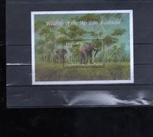 SELLOS DE  GAMBIA - Elefantes