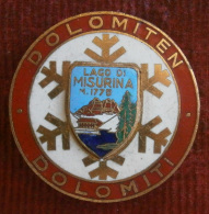 SKIING / SKI - DOLOMITI - DOLOMITEN - Lago Di Misurina  M1775 -  Big  Enamel Badge / Pin / Broch - Sport Invernali