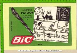 BUVARD  : BIC  Ecole  Librairie PATOOR BERGUES  Vert  Signé Effel - Papelería