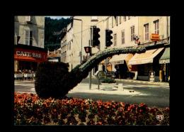39 - SAINT-CLAUDE - Pipe Fleurie - Feu Tricolore - Feu Piéton - Saint Claude