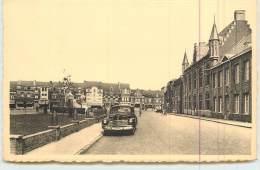 COMINES  - La Mairie, Voiture. - Comines-Warneton - Komen-Waasten