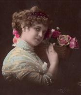 Jolie Fillette Et Panier De Roses, Peinture Argentée En Relief, Bonne Année, éd. C Croissant P N° 183, 2 Scans - Portraits