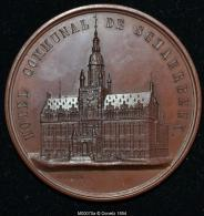 M00070 Hotel Communal De Schaerbeek , Inauguration En 1887 Et Vue De L´hotel Au Revers (110 Gr.) - Belgium