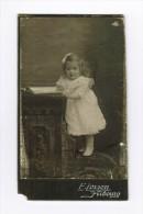 Photo Sur Plaque Petite Fille / E Lorson Fribourg - Personnes Anonymes