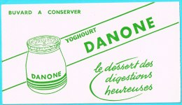 BUVARD BUVARDS Algerie Algeria France Publicité Pub Yaourt Youghourt Danone - Alimentaire