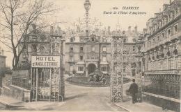 BIARRITZ - Entrée De L'Hôtel D'Angleterre (animation) - Biarritz