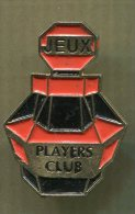 Pin´s Pins - Players Club Jeux - Pin's