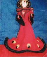 Star Wars, La Princesse Amidala En Costume Rouge - Merchandising