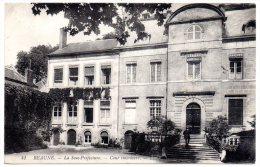 CP, 21, BEAUNE, La Sous Préfecture Cour Intérieur, écrite, Voyagé En 1914 - Beaune