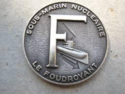 INSIGNE MARINE NATIONALE SOUS MARIN SNLE LE FOUDROYANT (COIN) ETAT EXCELLENT