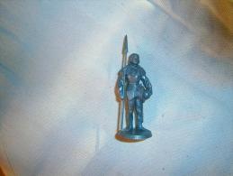 FIGURINE MOKAREX  COUSTILLEUX - Army